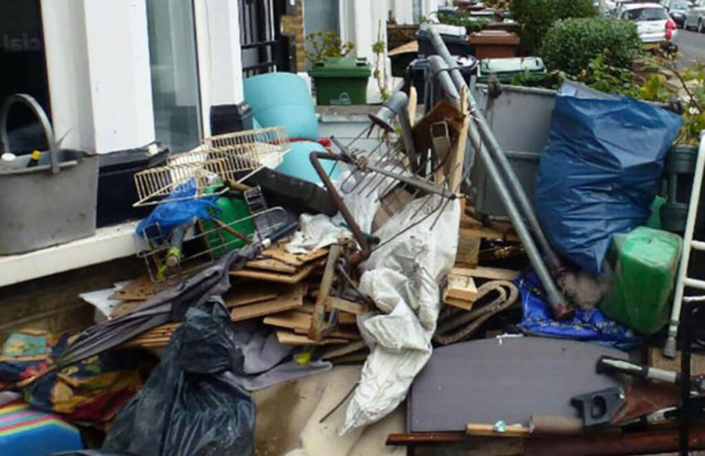 Give Us A Call To Get A Quote Today!Junk Jerks Junk Removal & Demolitions Services647-689-JUNK (5865)